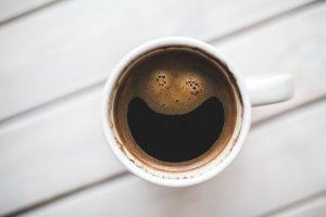 La tasse ou le café